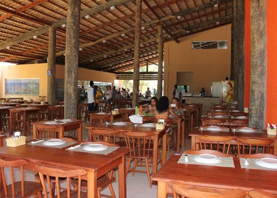 Parrachos Praia Clube em Maracajaú- Mergulho e Restaurante